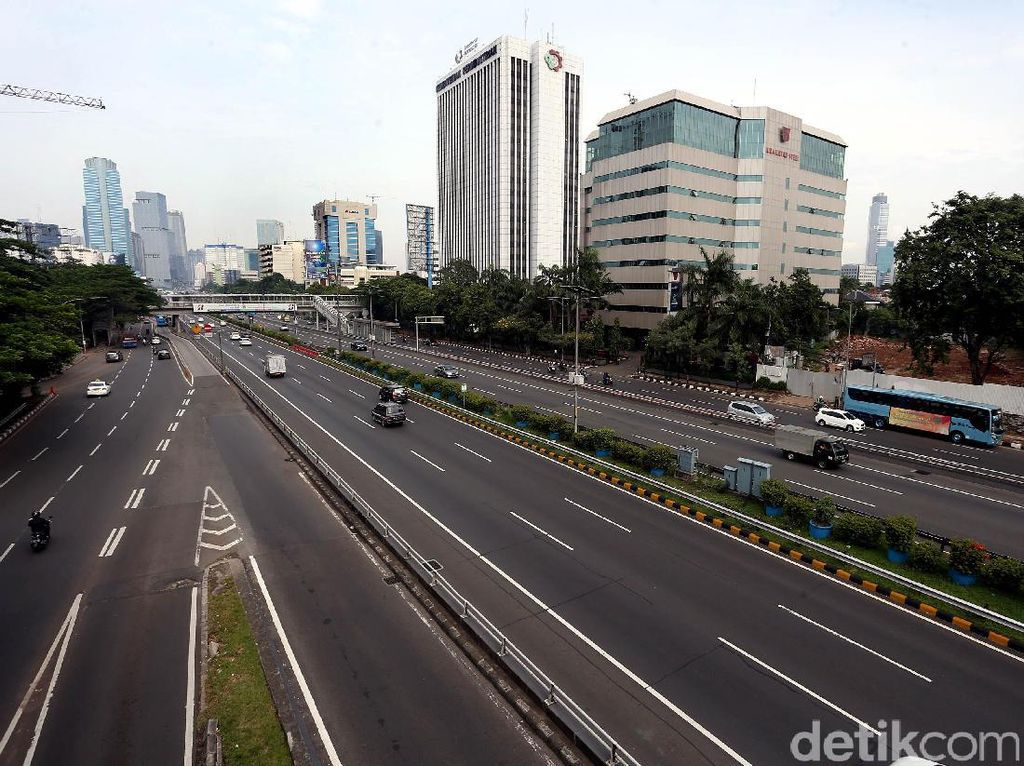Jalan di Jakarta Masih Lengang