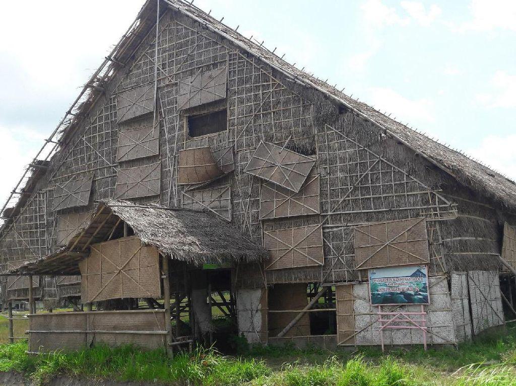 Los Mbako, Bangunan Paling Instagramable di Klaten