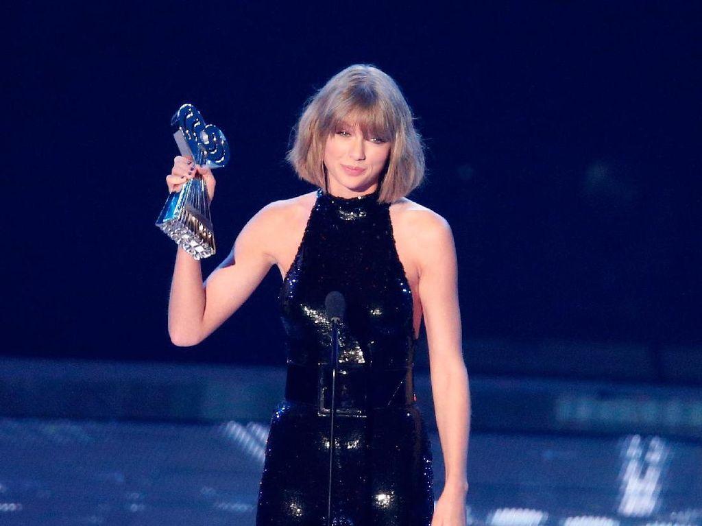 Siap-siap, Jelang Ulang Tahun Taylor Swift Umumkan Tur Dunia