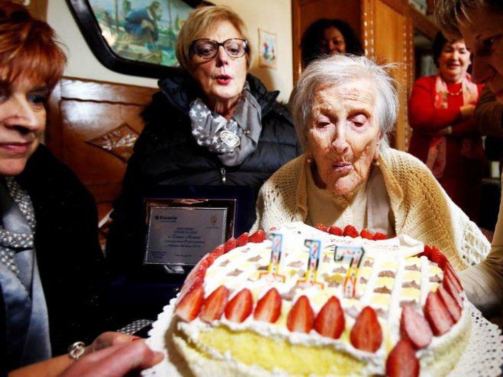 Telur Hingga Sushi Jadi Makanan Panjang Umur Orang Tertua di Dunia