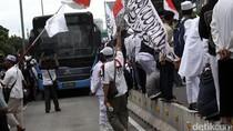 Massa Tumpah ke Jalan Gajah Mada, Lalin Macet