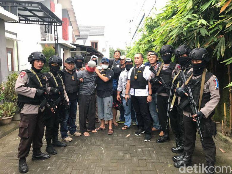 Polda Jateng Tangkap Pentolan Aksi Sweeping di Solo