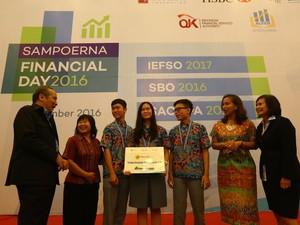 SMA Petra 2 Surabaya Juara  Olimpiade Pendidikan Perbankan