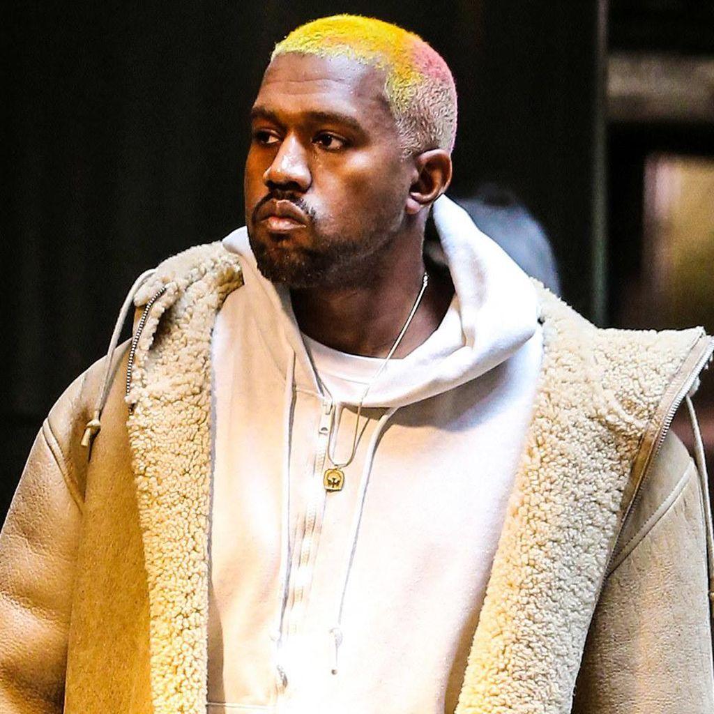 Jelang Trump Dilantik, Kanye West Belum Dapat Undangan Konser Inaugurasi