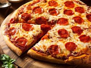 Dapat Hadiah Pizza Gratis Setahun, Pria Ini Justru Mendonasikan Pizzanya