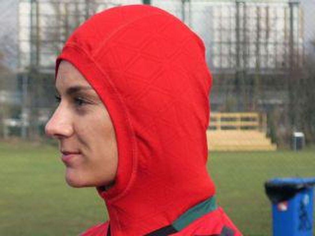 Tampilan Baru, Jersey Sepakbola Wanita Afghanistan Dilengkapi Jilbab
