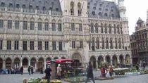 Belgia Buka Perbatasan dan Gratiskan Tiket Kereta Buat Warga