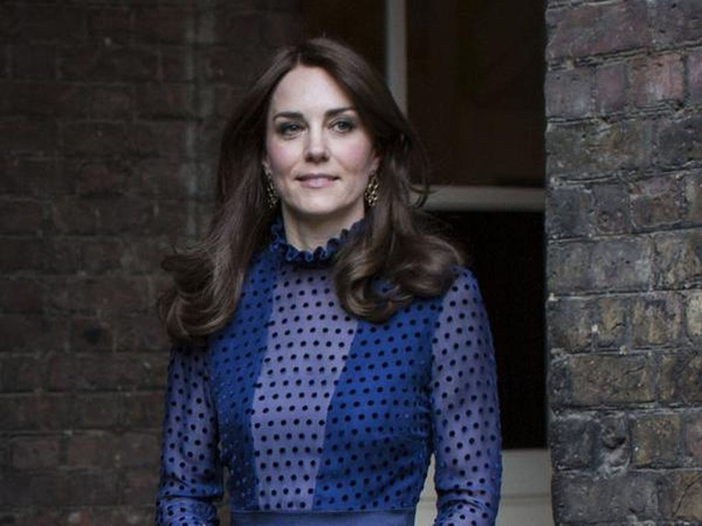 3 Aturan Dandan Kerajaan Inggris yang Harus Diikuti Meghan Markle