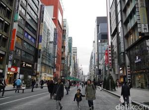 CFD di Jepang Bisa Sekalian Belanja Barang Branded