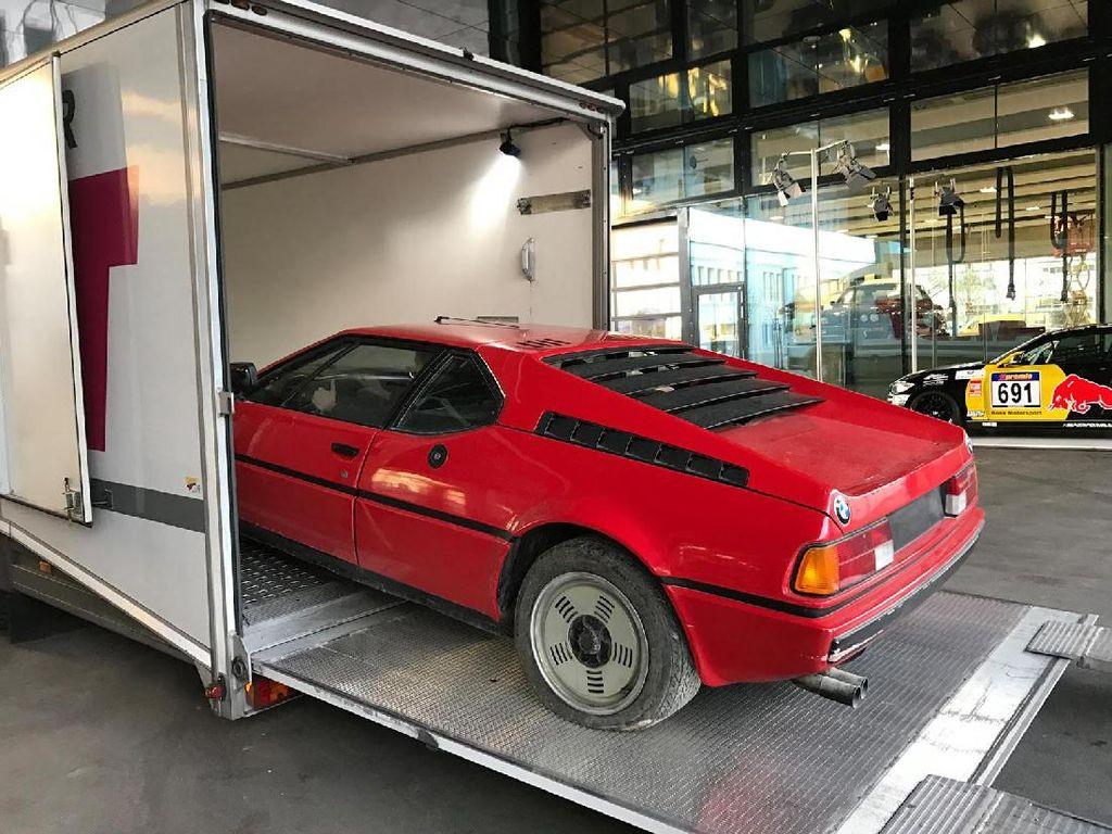Puluhan Tahun BMW M1 Ini Tak Tersentuh
