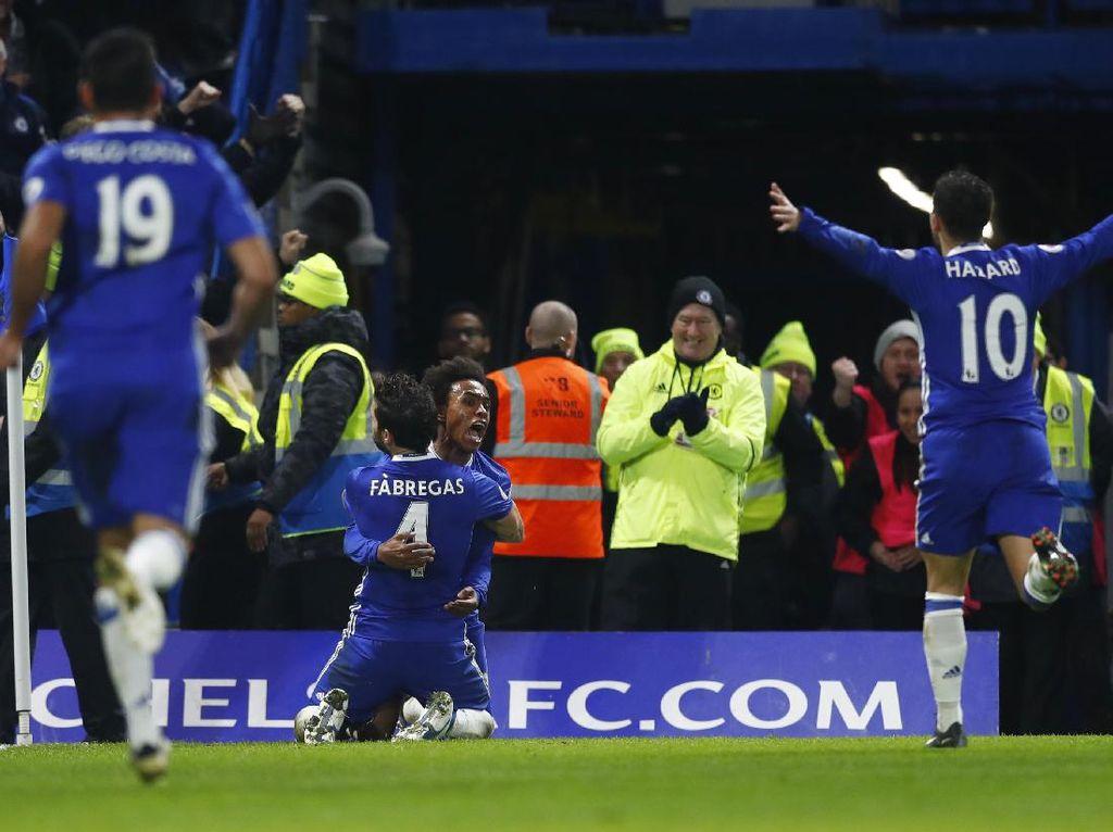 Tekuk Stoke, Chelsea Masih Perkasa