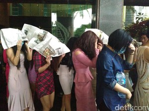 76 WN China Dirazia di Klub Malam di Jakbar, Ada yang Jadi PSK