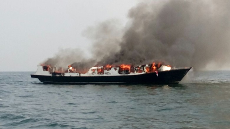 Rantai Kejadian Kapal Wisata Bawa Duka di Laut Jakarta
