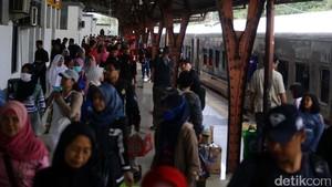 Tiket Mudik Kereta ke Cirebon hingga H-5 Ludes Terjual