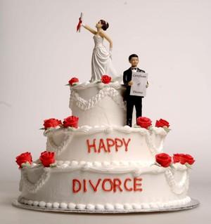 Perceraian Melonjak di Awal Tahun, Kue-kue Bertema Perceraian Pun Laris