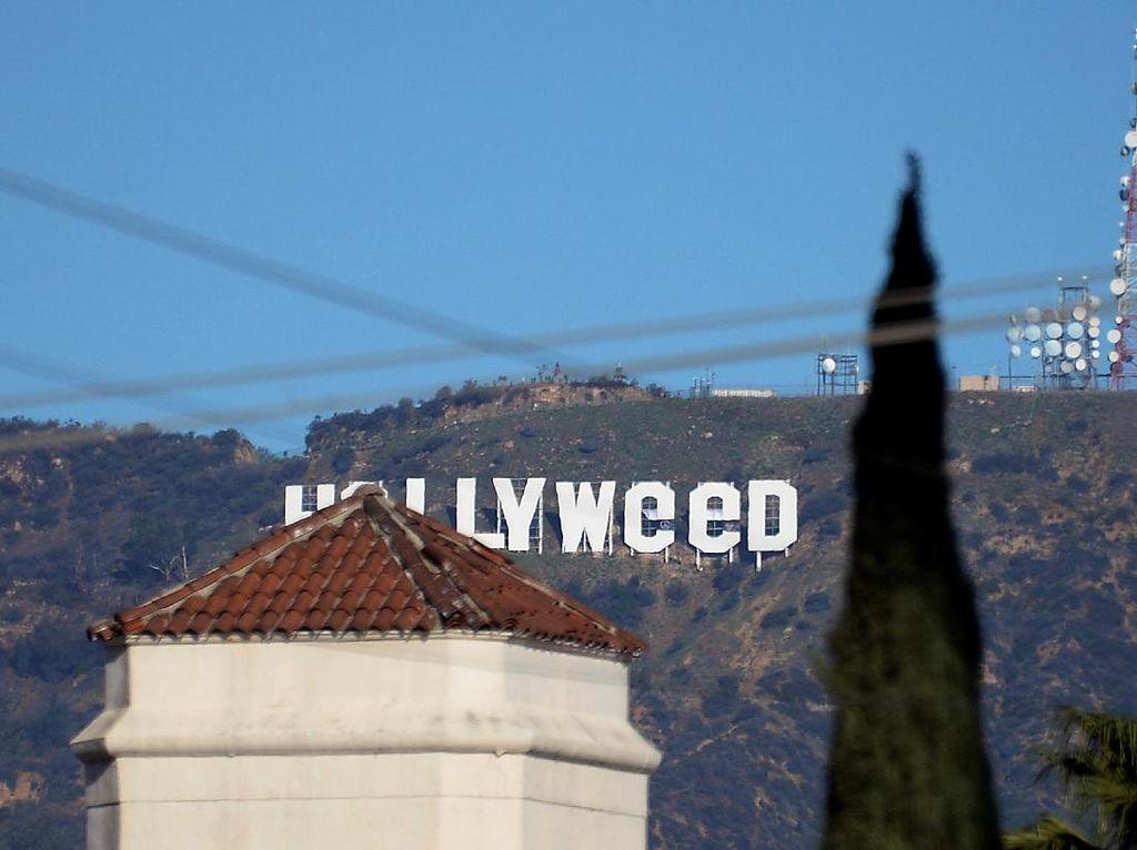 Papan Nama Hollywood Dijahili Orang