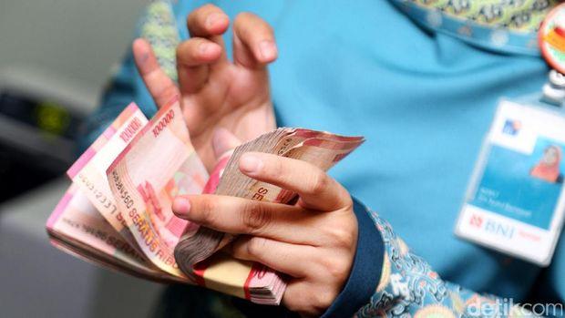 Ilustrasi transaksi uang