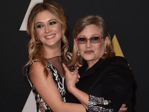 Putri Carrie Fisher Akhirnya Angkat Suara tentang Kematian Ibu dan Neneknya