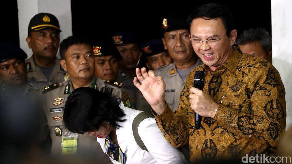 Hakim Tanya Polisi soal Pencatatan Tanggal Pelapor Ahok