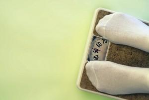 5 Kesalahan yang Paling Sering Dilakukan Saat Menimbang Berat Badan