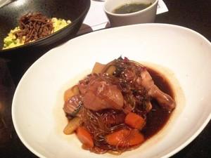 Rock: Sajikan Ayam dan Nasi Korea yang Enak dan Mantap