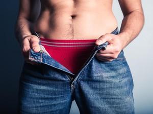 Sering Pakai Celana Dalam Ketat? Ini 4 Dampaknya Bagi Kesehatan