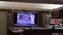 Polisi Putar Rekaman CCTV Perampokan di Pulomas