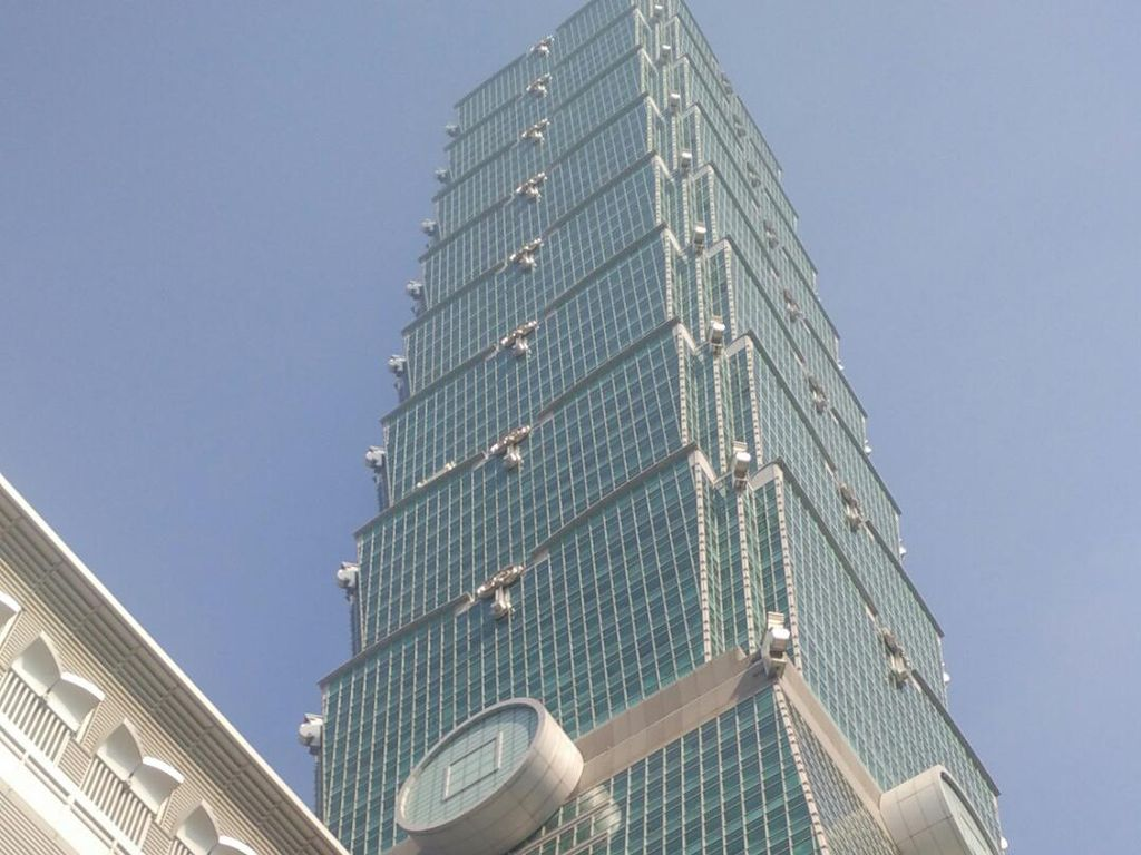 Main ke Gedung Tertinggi di Taiwan, Ternyata Ini Isinya!