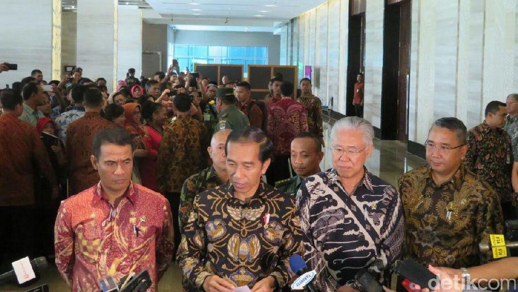 Jokowi: Jangan Menuntut Dulu, Pak Mentan Baru Kerja 2 Tahun