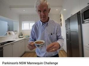 Begini Jadinya Kalau Pasien Parkinson Lakukan <i>Mannequin Challenge</i>