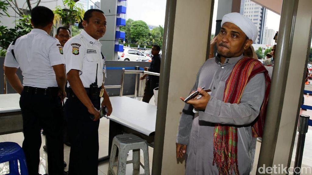 Novel Bamukmin Mengaku Diancam, Tim Ahok: Laporkan ke Polisi