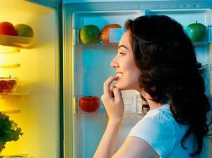 Ini 5 Camilan Sehat yang Cocok Dikonsumsi Saat Lapar Tengah Malam