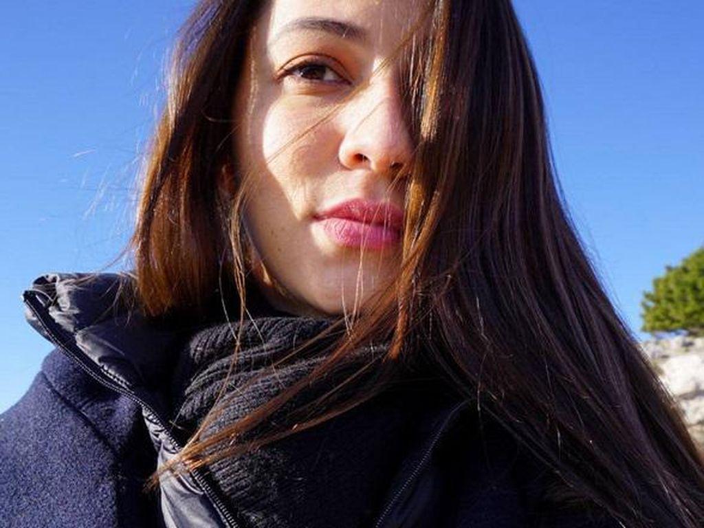 Merasa Bukan Artis dan Diminta Foto, Juria Minta Tips ke Gading Marten
