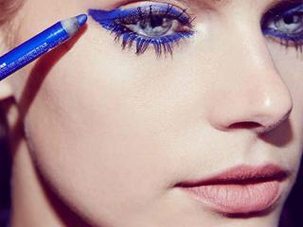 Eyeliner Vs Eyeshadow, Mana yang Sebaiknya Lebih Dulu Dipakai?