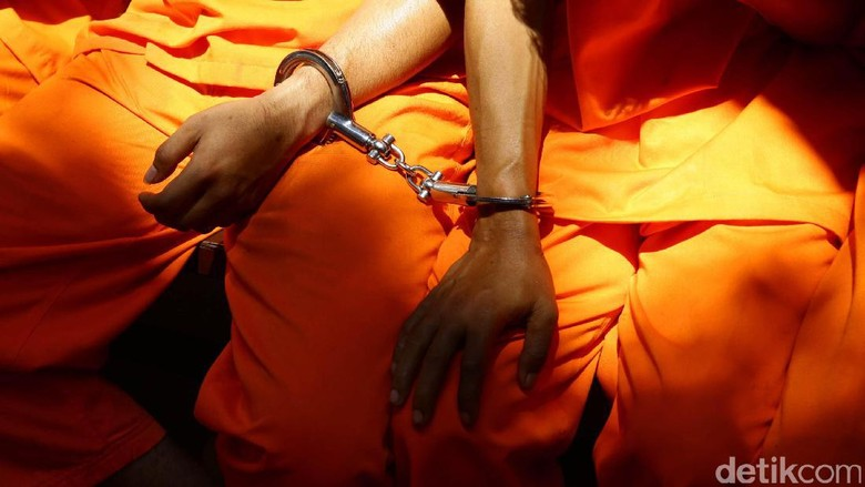 anak-buah-dihukum-mati-bos-sabu-oknum-polri-hanya-dibui-20-tahun