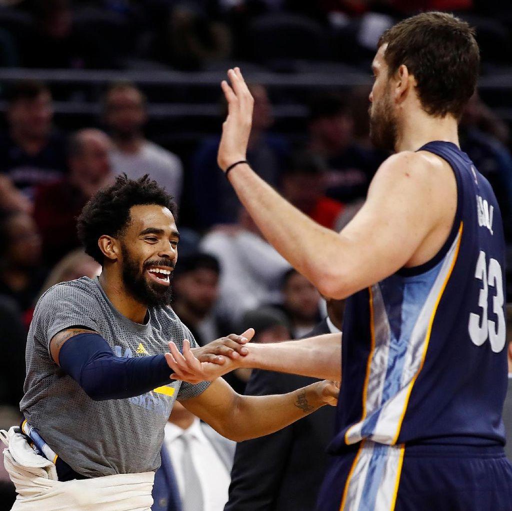 Grizzlies Kalahkan Warriors dengan Comeback Heroik