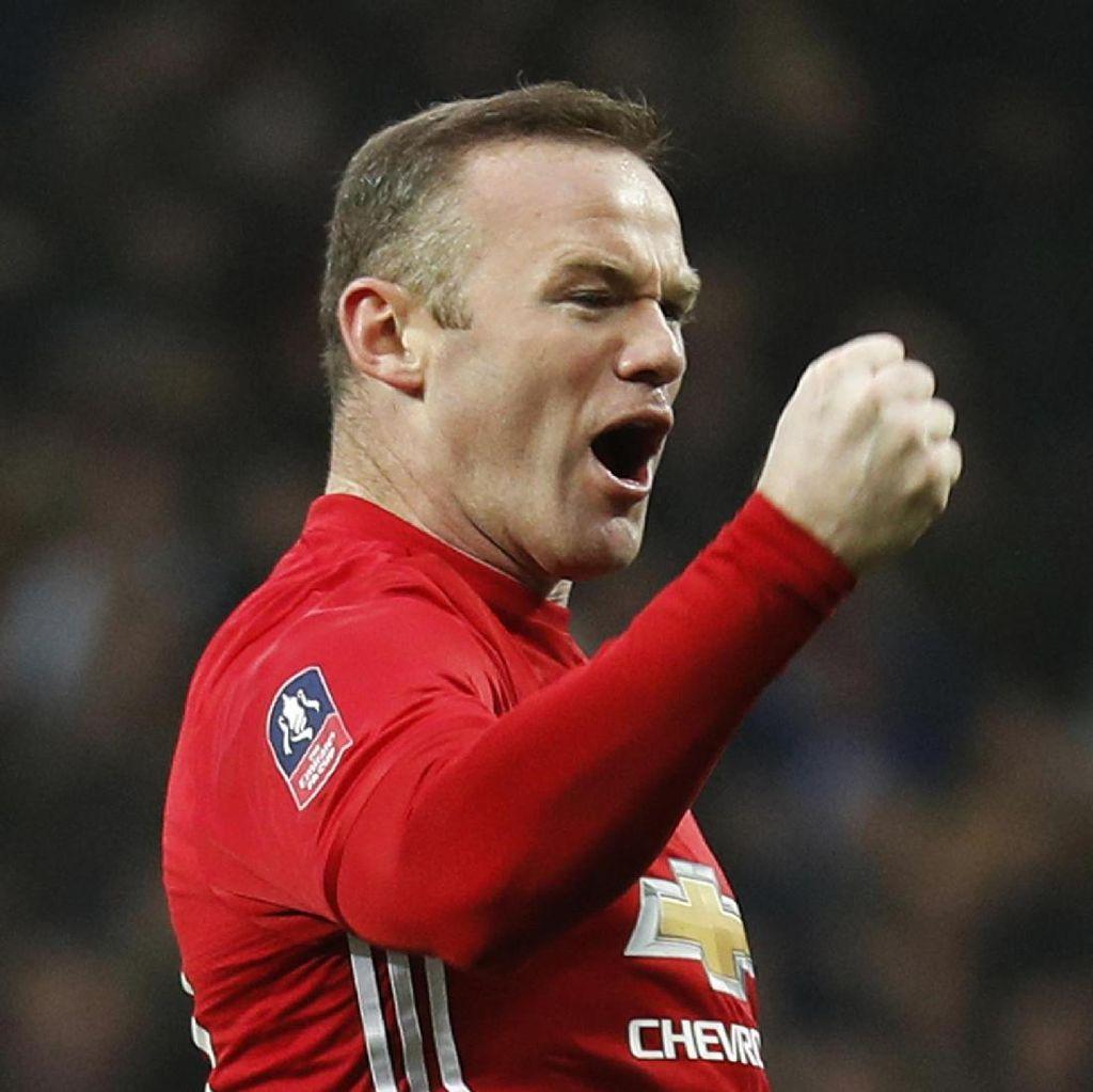 Rooney Tantang Pemain Lain Pecahkan Rekor Golnya di MU