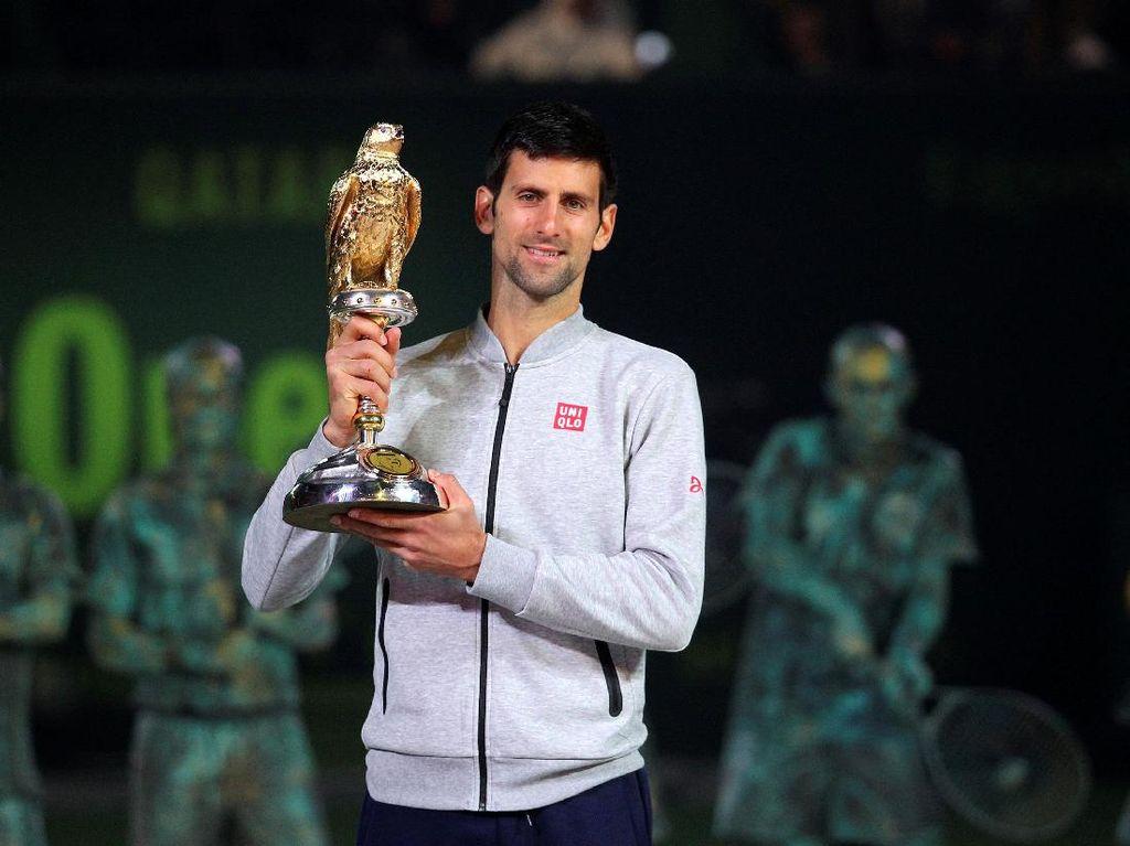 Djokovic Juara Usai Kalahkan Murray dalam Tiga Set