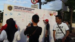 Saat Jokowi, Menkominfo hingga Prabowo Melawan Berita Hoax