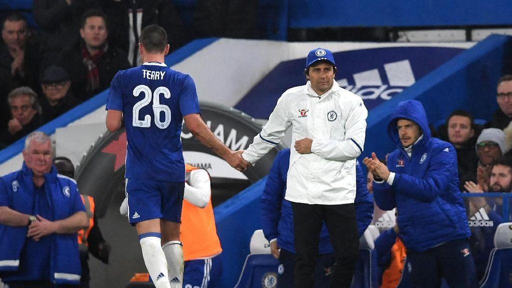 Conte Ingin Beri Perpisahan Manis untuk Terry