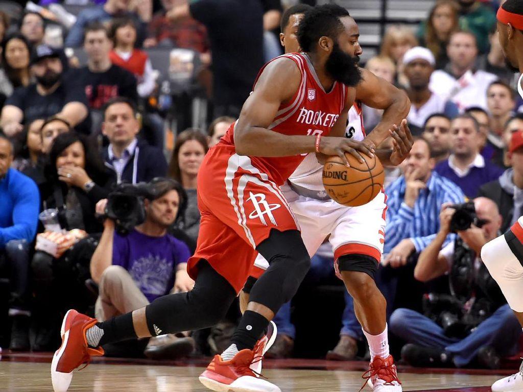 Triple-double Harden Antar Rockets Lanjutkan Rentetan Kemenangan