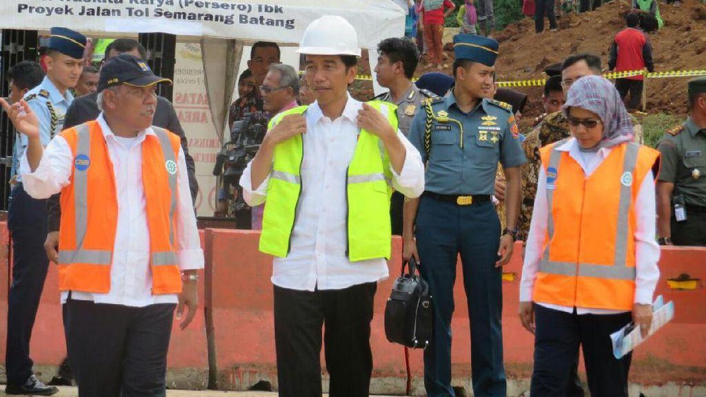Tinjau Proyek Tol Batang-Semarang, Jokowi: Ini Berhenti 20 Tahun