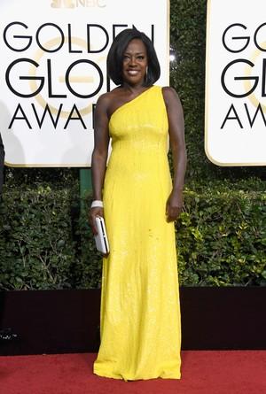 Viola Davis Bawa Pulang Piala Aktris Pendukung Terbaik di Film