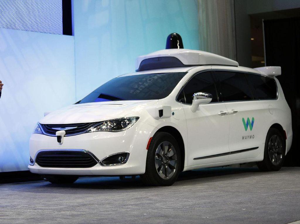 Mobil Otonom Google Terlibat Kecelakaan