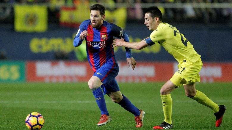Free Kick Messi Selamatkan Barca di Kandang Villarreal