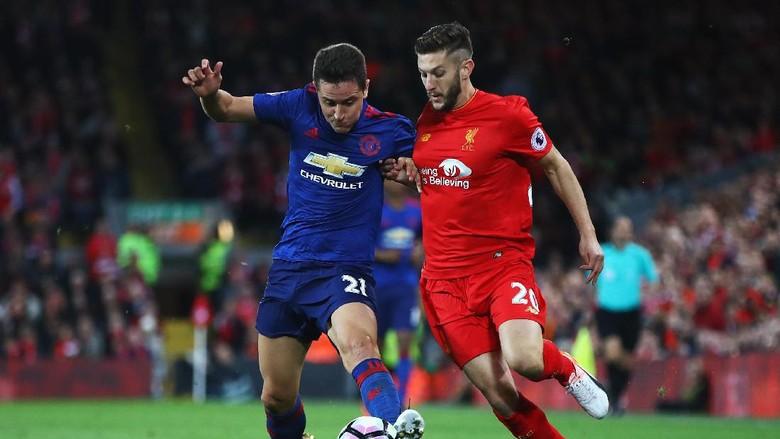 MU dan Liverpool Rival Besar, Tak Perlu Bermanis-manis di Lorong Ruang Ganti