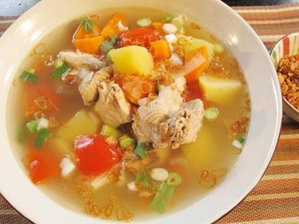 Sup Ayam Buatan Sendiri Dipercaya Efektif Sembuhkan Penyakit Malaria