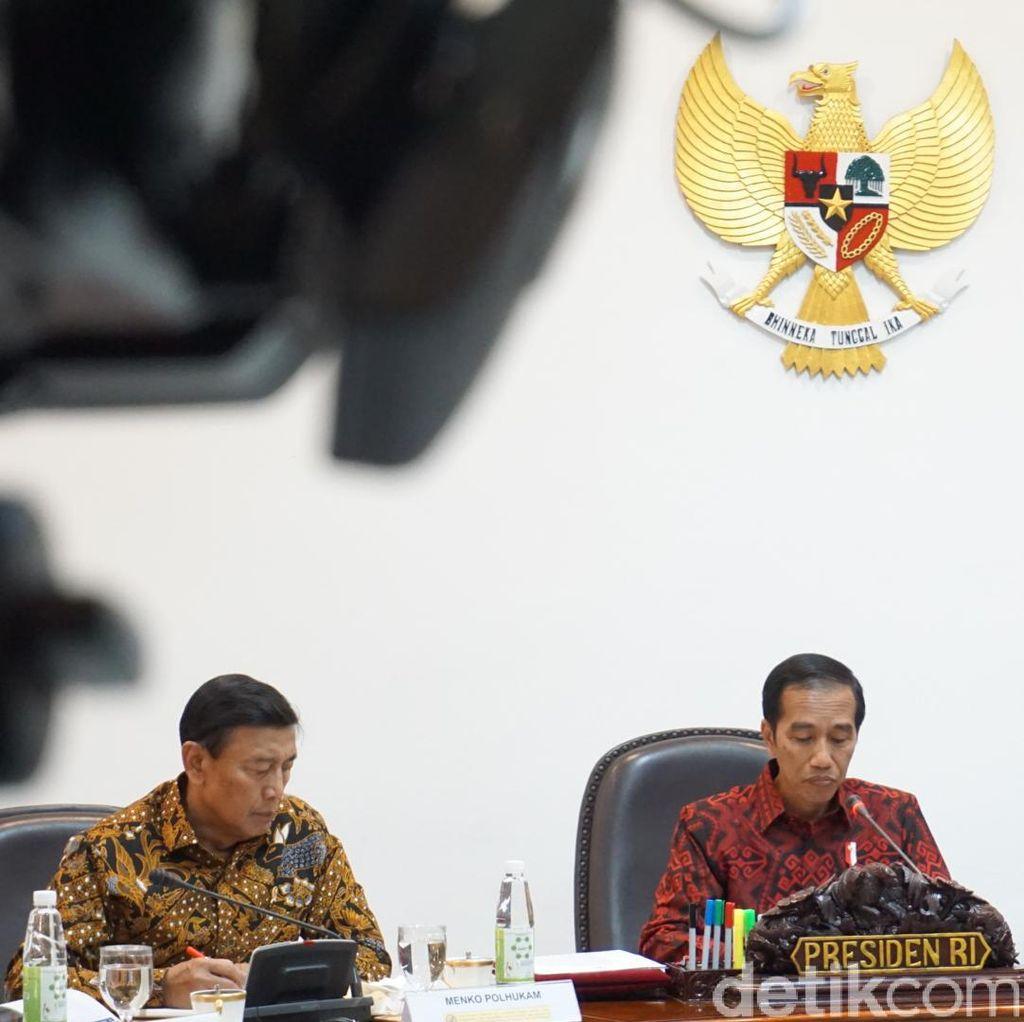 Saat Jokowi Hitung Durasi Pidato Wiranto yang Tak Sampai 7 Menit