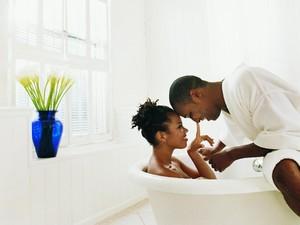 5 Alasan Seks di Dalam Air Bisa Membahayakan Miss V