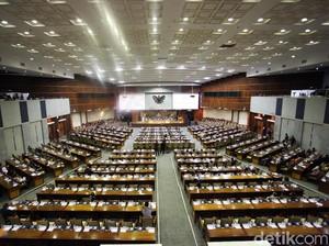 DPR Gelar Paripurna Tutup Masa Sidang, 249 Anggota Tak Hadir